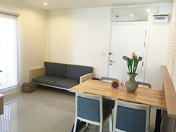 bright flat for rent near Wyne by Sansiri