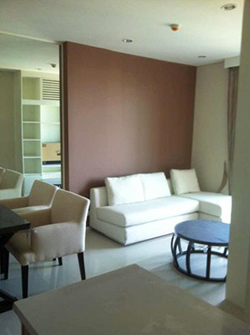 apartment for rent near The Address Asoke