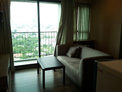Teal Sathorn-Taksin <strong>Wongwian Yai apartment for rent</strong>