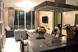 2 bedroom condo for rent at <strong>Watermark Chaophraya River</strong>
