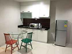 Sukhumvit Living Town <strong>condo apartment for rent in Phetchaburi </strong>