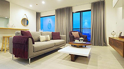 Rhythm Sukhumvit 36-38 | <strong>flat condo for rent in Thonglor</strong>